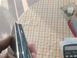 个人一手手机,因要换手机,所以现在出售。