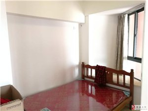 银海路鸿瑞大厦2室1厅1卫2000元/月