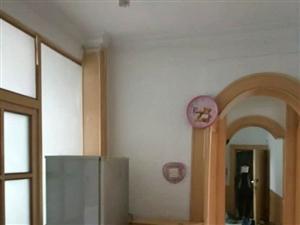 兴安小区对面2居室,家电齐全6000元/月