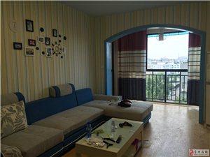 鹭岛之星2室2厅1卫2000元/月