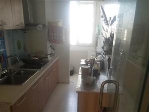 燕钢小区3室2厅2卫12000元/年拎包入住