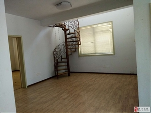 大庆路淇林小区六楼送七楼110+70平米32万元