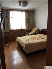 扬子石化生活区20村2栋7063室1厅1卫189万元