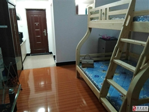 萍�l�W院大�W城公寓1室0�d1�l600元/月