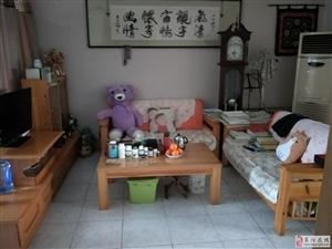 东关学区文化南区精装一楼带院106平三室带小房