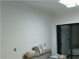 九龙国际3室1厅1卫2300元/月