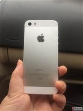 低价出售苹果5手机一部