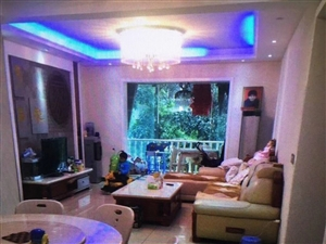 急售六米阳光豪华装修5室2厅2卫名牌家具家电低价急售