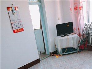 百花商场西门斜对面小区2室1厅1卫9000元/月