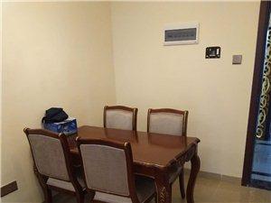 水榭丹堤精装1室1厅长租1500元/月