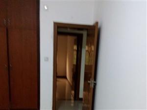 绿源小区3室2厅1卫1500元/月