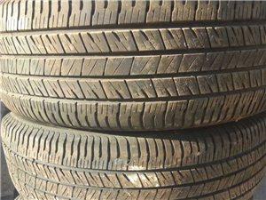 二手轮胎低价出售4只九成新