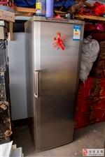 单开门全冷藏海信冰箱九成新1000元转让