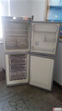 海尔冰箱(冷藏和冷冻功能同时具备)
