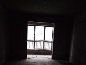 金麦小区1楼126平米3室2厅2卫,带储藏