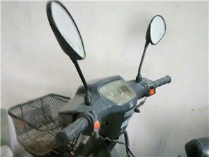 9成新摩托�出售