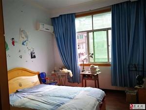 郁江大厦中装4室2厅2卫53.8万元
