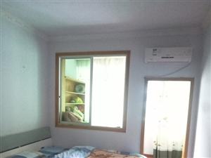 亦君小区中装4室2厅2卫48.8万元
