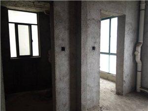 华城房产:金谷花园全新毛坯电梯房出售!