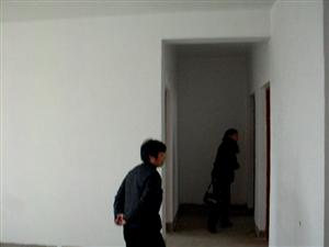 洪河路东段3室2厅1卫27万元
