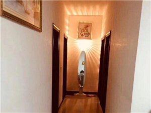 领袖江山,住家精装,112平三室,采光,视线好!