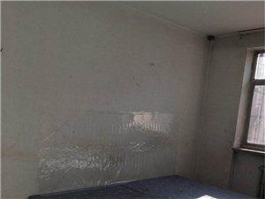 春港花园3楼110平通厅精装2000元/月东西全