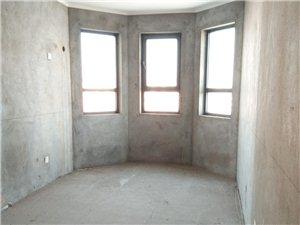 香格里拉水岸绿城3大三室观景房客厅向阳