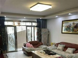 世纪豪庭品质小区4房精装,证满5年(楼梯房)
