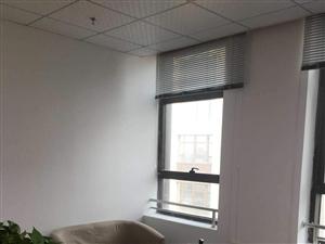 地铁口,茸锦科技园60平精装送空调,仅此一套
