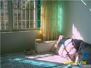 澳门太阳城网站植物园家属区2室1厅1卫400元/月