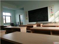 桌椅成套出售共9套,长120厘米,宽40厘米,高75厘米,双人桌,一个桌子带两个凳子