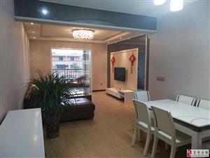出售几年现浇房半岛别院5楼124平米3室家具家电齐