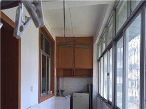 高科技大厦金王子酒店旁3室2厅2卫38.8万元