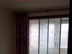 康居小区105平59万三室四楼东户带车库证满两年