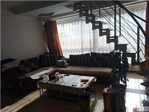 龙门山庄2室1厅1卫72.8万元