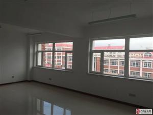 民生花园140�O房屋出租(用于办培训班,小型公司)