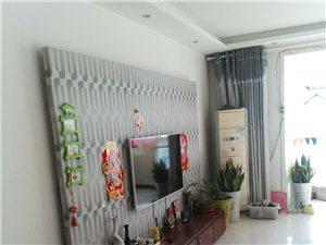 东河锦绣家园有一套8楼三室两厅两卫房子出售