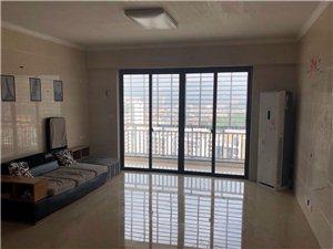 百盛华府先声开发区3室2厅2卫3200元/月