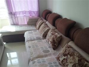 出售自家用布质沙发