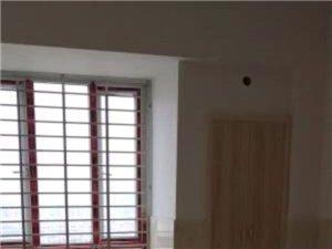 (公园旁)龙昌商住楼3室2厅2卫2000元/月