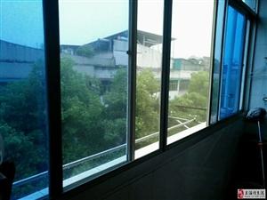 紫湖村带储3室2厅1卫93万元