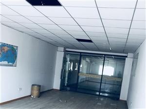 93m2精装适合小办公创业者拎包入住