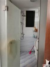 新民街多房出租1室1卫500元/月