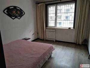 金水豪庭3室2厅2卫14500元/月