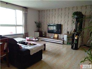 世纪花园三楼,双阳卧室,40平大客厅,超级合适