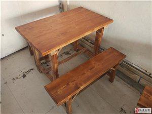 饭店用炭烧木桌椅一套350元,刚买六个月