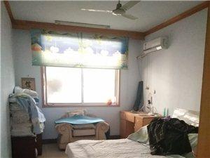 泰安小区3室2厅2卫71万元