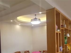 金华花园电梯房4房精装售85.8万
