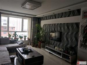 领秀城3室2厅2卫108万元精装有本