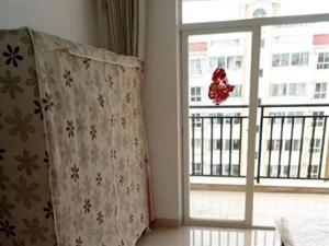 高端小区,配套齐全,一房一厅便宜出售,正规户型